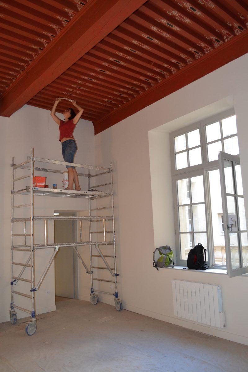 Restauration des décors peints d\'un plafond à la française, à Nîmes ...
